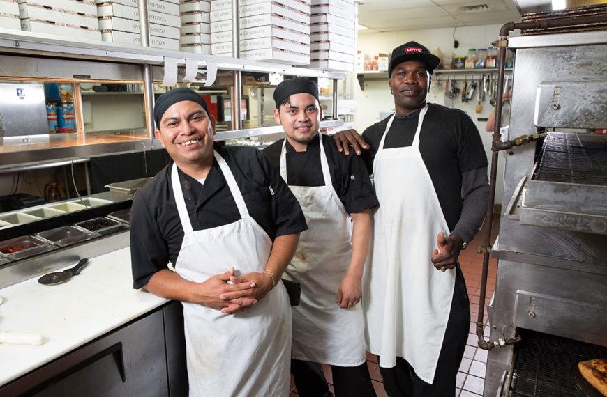 Friendly staff and tasty food at Roberto's Italian Pizzeria Sports Bar in Destin, Florida